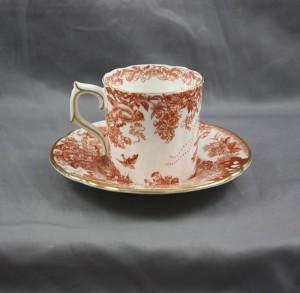 レッドエイヴィーズのカップ&ソーサー