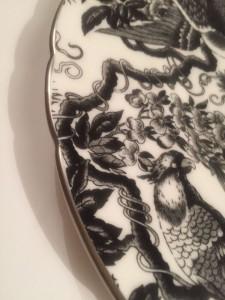 プラチナ・エイヴィス ホワイトの飾り皿