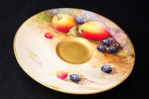 ロイヤルウースター ペインテッドフルーツ・イブシャム(evesham)ゴールド デミタスカップの皿