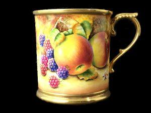 ロイヤルウースター キリンビアマグカップ