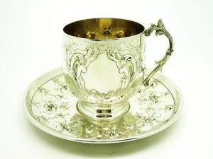 アールヌーボー様式のカップ&ソーサー