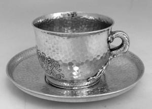 イギリス製シルバーのカップ&ソーサー