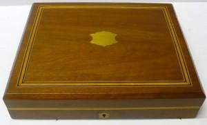 イギリス製のシルバーカトラリーセット 木箱