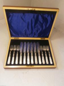 イギリス製シルバーカトラリーのボックス