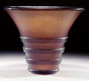 ドームナンシーのアールデコスタイルの花瓶