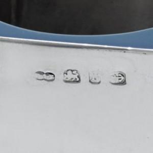 ビクトリア調 ステアリングシルバーのバチェラーティーセットのホールマーク