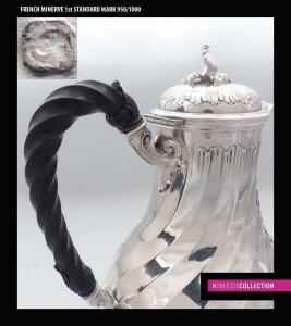 1880年代のフランス製の純銀製木製の持ち手のコーヒーポット
