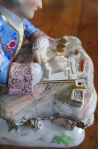 meissen man at desk (31)