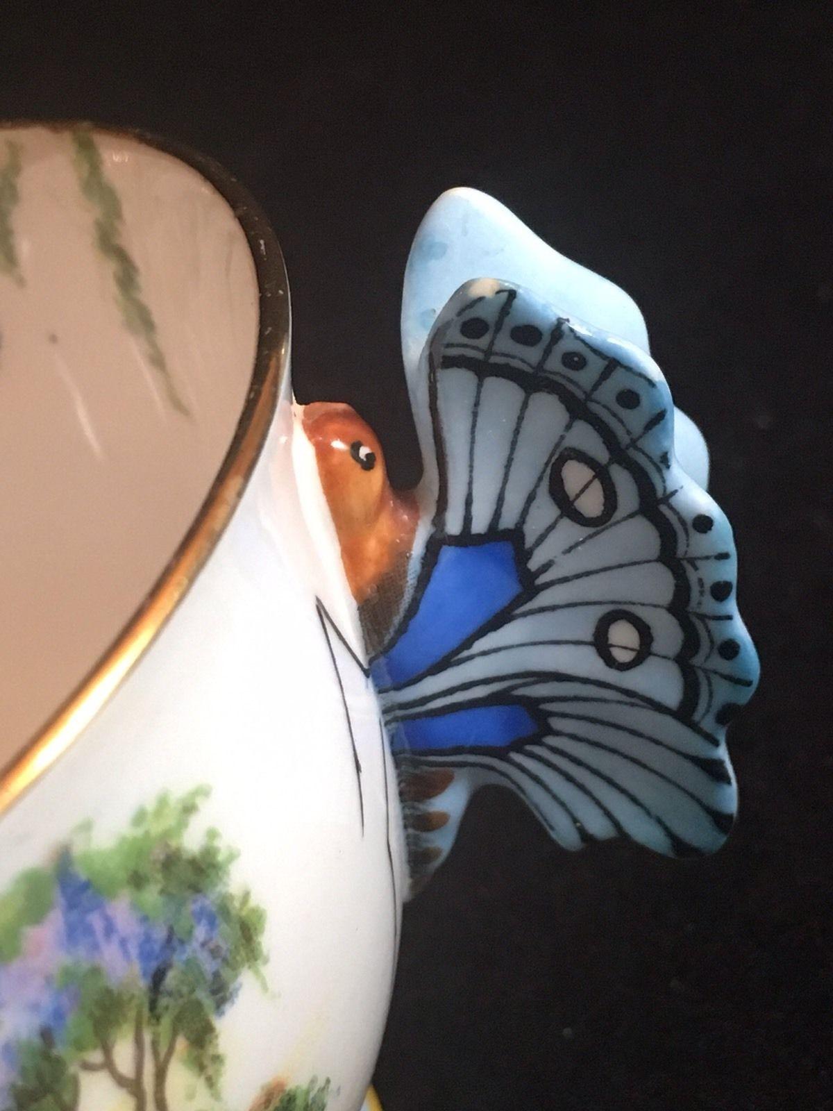 エインズレイティーカップ&ソーサー「ベネチア女性とバタフライハンドル」のバタフライハンドルの画像