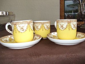 Royal-Worcester-Coffee-cups-saucers