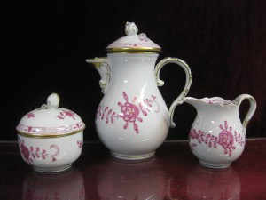 マイセン MISSEN インドの華ピンクとグリーンのカップ&ソーサー食器
