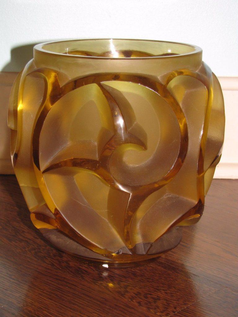 ルネラリック 旋風の花瓶