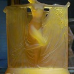 suzanne-yellow-opal-statue