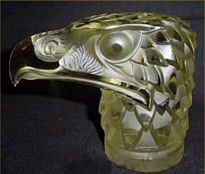 アメリカ製のルネラリック(Rene Lalique)の偽物のカーマスコット イーグル
