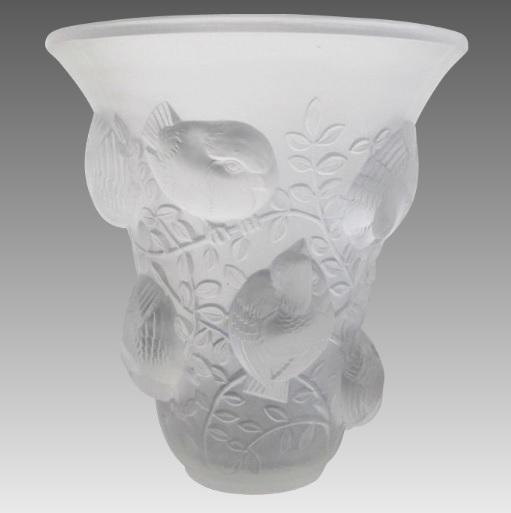 ルネラリック 「聖フランシス」 半透明のガラス花瓶 1930年頃 複雑な鳥模様
