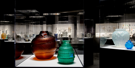 corning-museum-exhibition-inside-2