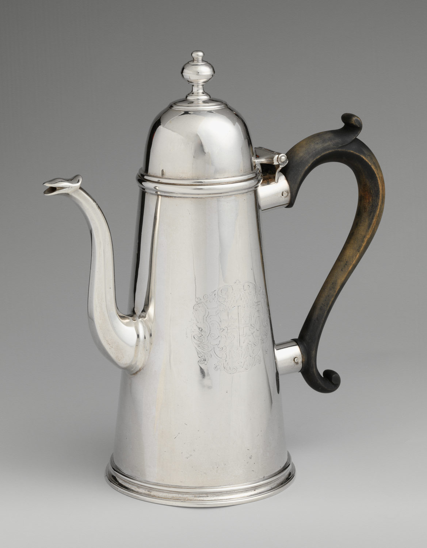 アンティークシルバーコーヒーポット 1725-35