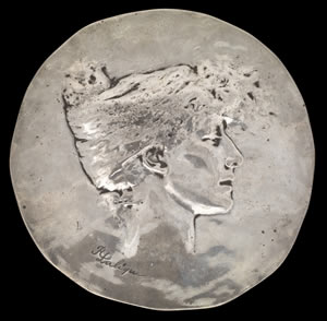 sarah-bernhardt-medal-party-favor-1896-rene-lalique