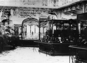 1900年のパリで開催されたパリ万国博覧会の様子