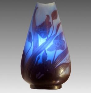 ガレ アールヌーヴォー カメオガラス キャビネット 花文 花瓶