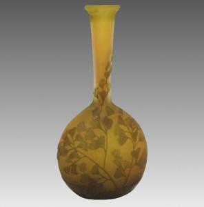 ガレ バンジョー型 カメオガラス 花瓶 イエロー・グリーン イチョウの葉文