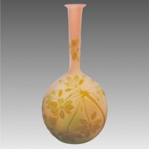 ガレ バンジョー型カメオガラスの花瓶 1890年頃