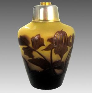 フランス製 エミールガレ カメオ彫り 工芸ガラス 香水瓶  1910年頃