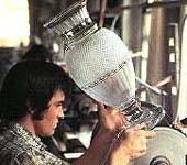 バカラのグラスを作る工程2