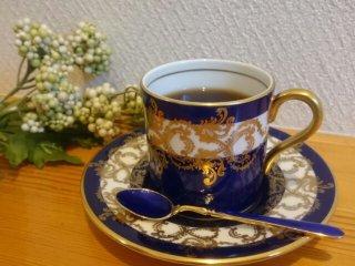 エインズレイ コバルト色のカップ&ソーサー