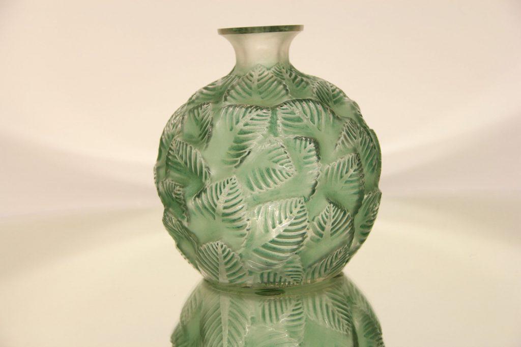 ルネラリックの花瓶