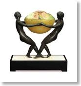 アマルリック・ワルター 光る彫刻